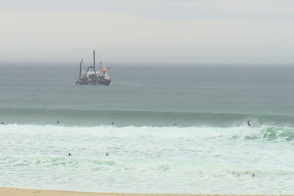 Ce samedi matin, bien que le soleil ne soit pas au rendez-vous, les bateaux et les plongeurs ont réussi leur mission.